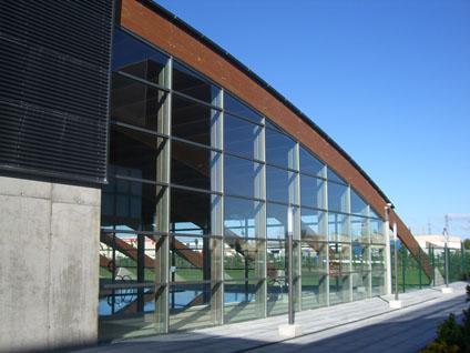 20110311193955-piscina-villanueva-gallego.jpg