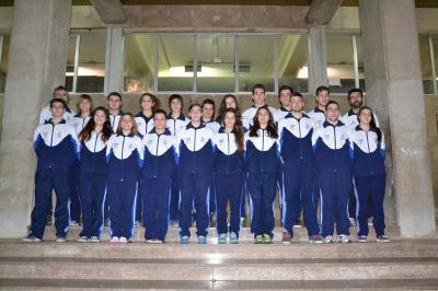 20150328134337-nadadores-faras-1.jpg